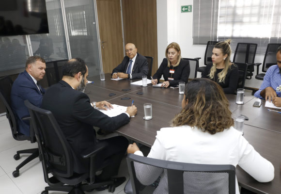 Confúcio Moura e Lucio Mosquini destravam projeto do Aeroporto de Ariquemes