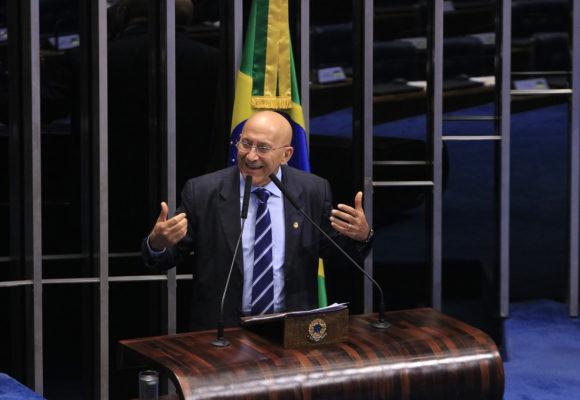 Senador Confúcio Moura defende a manutenção de recursos para pesquisas
