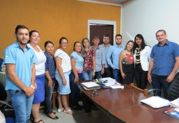 Senador Confúcio e Novo Horizonte alinham ações para melhoria da qualidade do ensino no município