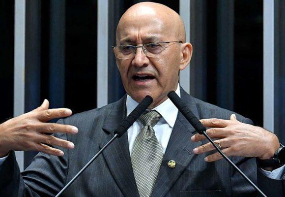 """""""Eu estou aqui em Brasília e vejo a realidade: o País está quebrado"""", diz Confúcio Moura"""
