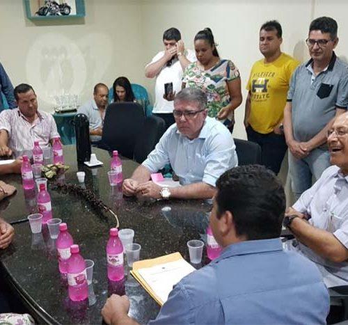Confúcio Moura faz primeira visita a Rolim de Moura como senador da República