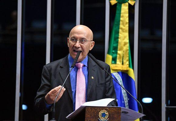 Confúcio Moura sugere ao governo conectar-se às boas ideias do passado para acertar os destinos da educação do País
