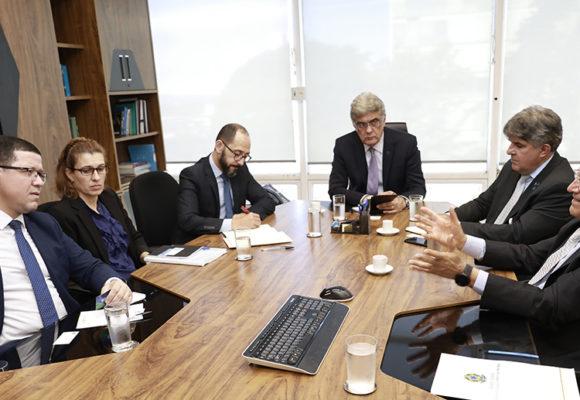 Confúcio Moura e Marcos Rocha solicitam ao Governo Federal a renovação de licença para continuidade e ampliação da Infovia no Estado