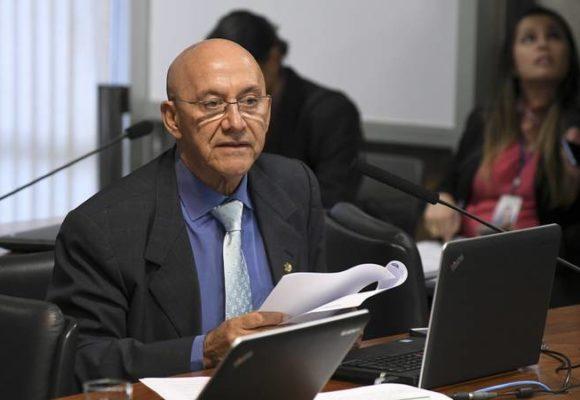 Confúcio Moura defende a reciclagem de lixo eletrônico