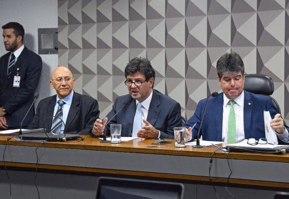 Instalada comissão para analisar MP que cria o Programa Médicos pelo Brasil