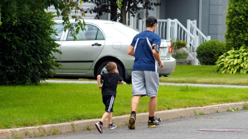 Pais e responsáveis poderão se afastar do trabalho para acompanhar o filho em torneios esportivos