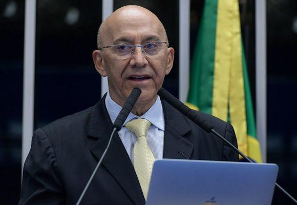 Confúcio Moura denuncia invasão de terras indígenas em Rondônia