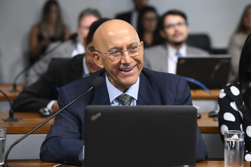 Proposta de Emenda à Constituição prevê a educação como vetor do progresso do Brasil