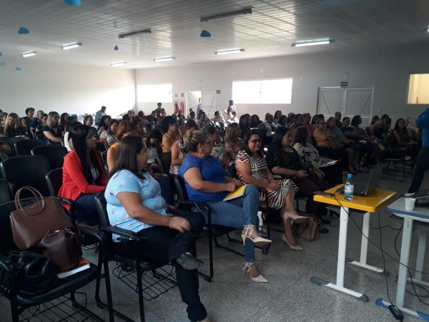 Pacto pela Aprendizagem é apresentado aos professores do ensino fundamental de Ariquemes