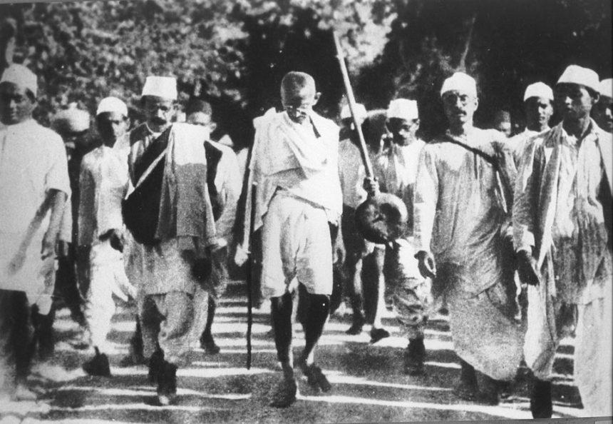 Gandhi é homenageado no Senado Federal por ocasião do 150º aniversário