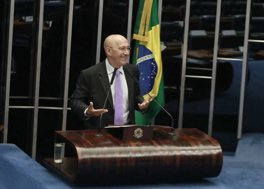 Confúcio Moura afirma que a Reforma Tributária incentiva a competitividade e combate à desigualdade no Brasil