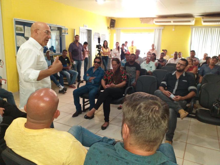 Cujubim recebe apoio do senador Confúcio para regularização fundiária