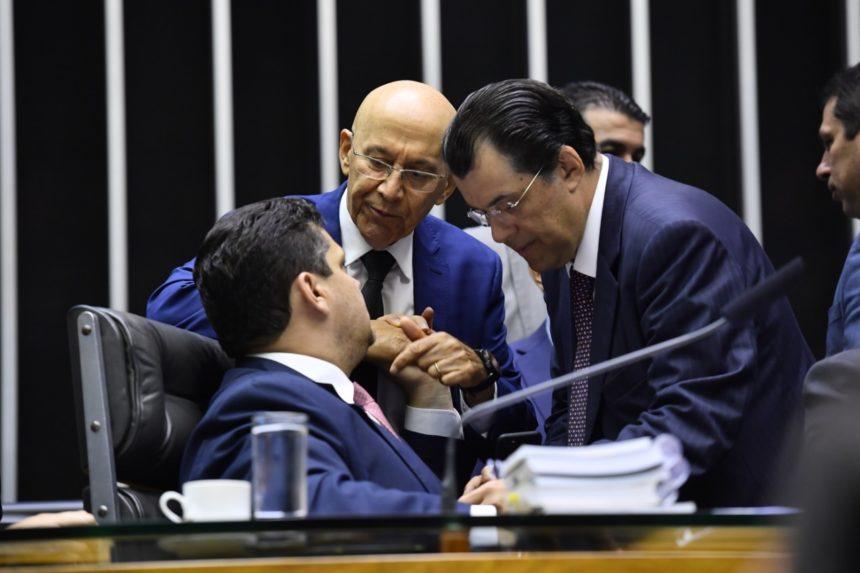A Medida Provisóriaque cria o programa Médicos pelo Brasil será votada hojeno Plenário do Senado