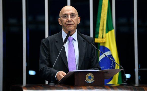 Confúcio Moura propõe política de reciclagem para automóveis sucateados