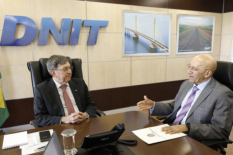 Diretor-geral do Dnit confirma ao senador Confúcio Moura retomada das obras da BR-364 no perímetro urbano de Ariquemes