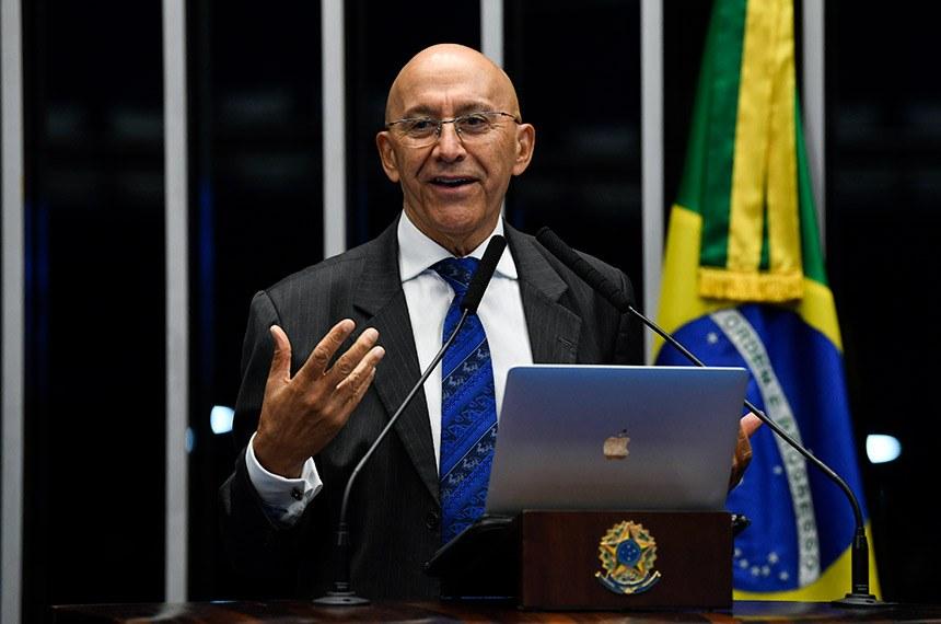 Confúcio Moura defende novo pacto federativo