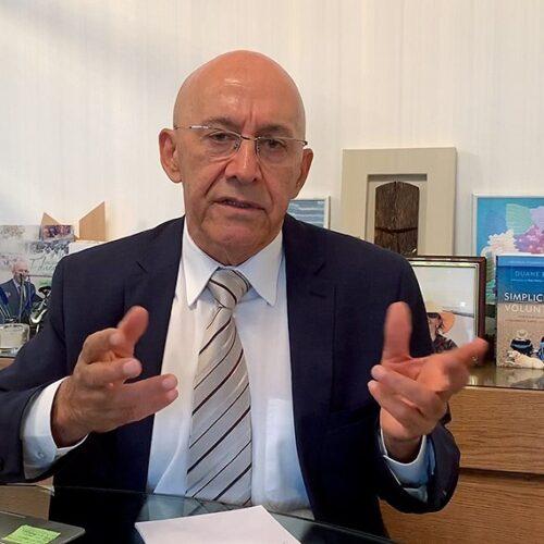 Confúcio Moura propõeampliar acesso à internet e promover a inclusão digital