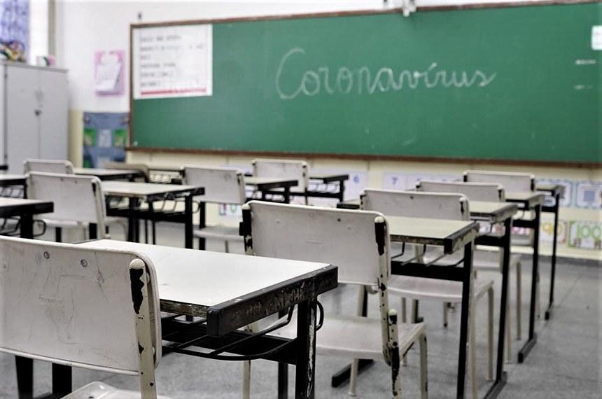 Ministro da Educação vai falar sobre volta às aulas na comissão da covid-19
