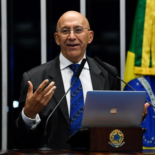 Confúcio Moura presta contas do primeiro biênio de mandato no Senado Federal