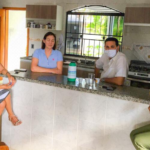 Rolim de Moura recebe equipe de Confúcio Moura para alinhar ações políticas e administrativas