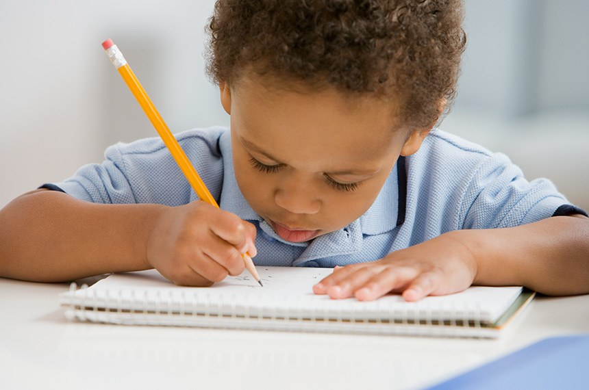 Dia Nacional da Alfabetização: senadores lamentam situação da educação durante a pandemia
