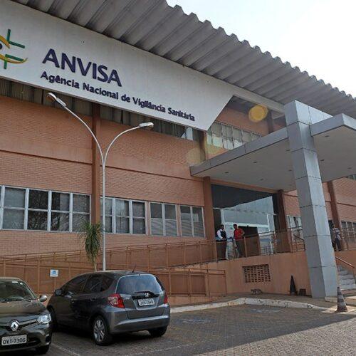 Senadores querem ouvir Anvisa e Butantan sobre situação da vacina CoronaVac