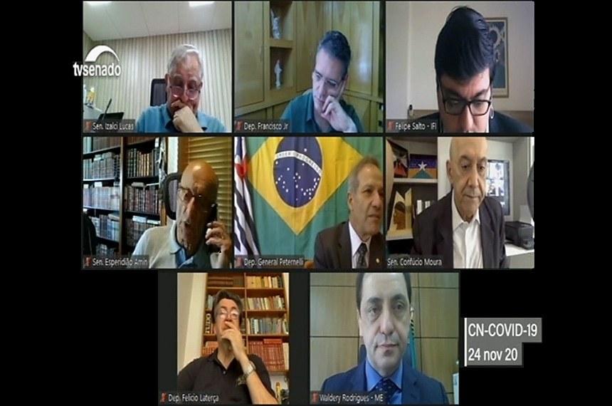 Confúcio Moura: economia melhora, mas quadro fiscal ainda inspira cuidados
